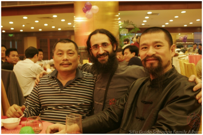 Con il mio Sifu e Sibak (Cina, Foshan, 2010)